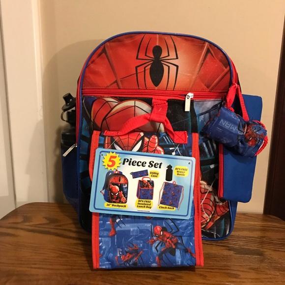 d4b135e336ef Marvel 5 Piece Spider-Man Backpack Set 🎒